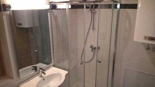 """""""Blockhaus Fini"""" apartman: fürdőszoba"""