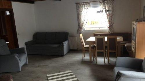 """""""Haus Serena"""" felső apartman: nappali és étkező"""