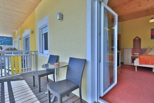 Kétágyas szoba erkélye