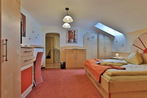 Családi szoba erkély nélkül: hálószoba