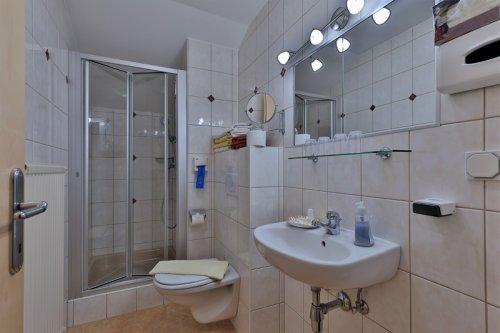 Családi szoba: fürdőszoba