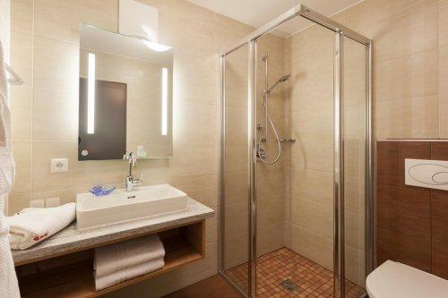 """Kétágyas """"Standard"""" szoba: fürdőszoba"""